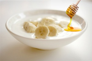 Banana-yogurt-and-honey.