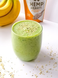 spinach-banana-hemp-smoothie-recipe-lushious-lifts